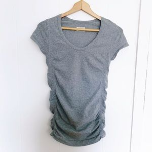 Athleta grey ruched side athletic tee scoop neck S